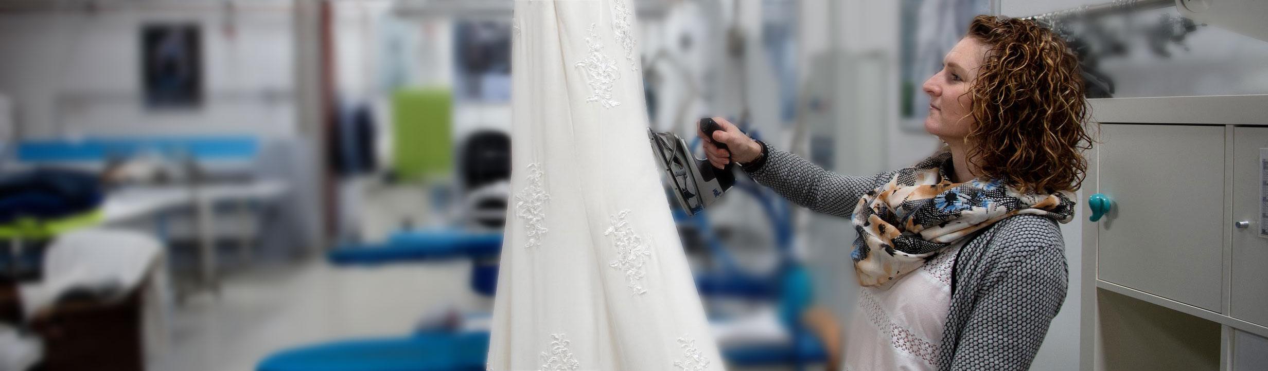 Rensning af brudekjoler